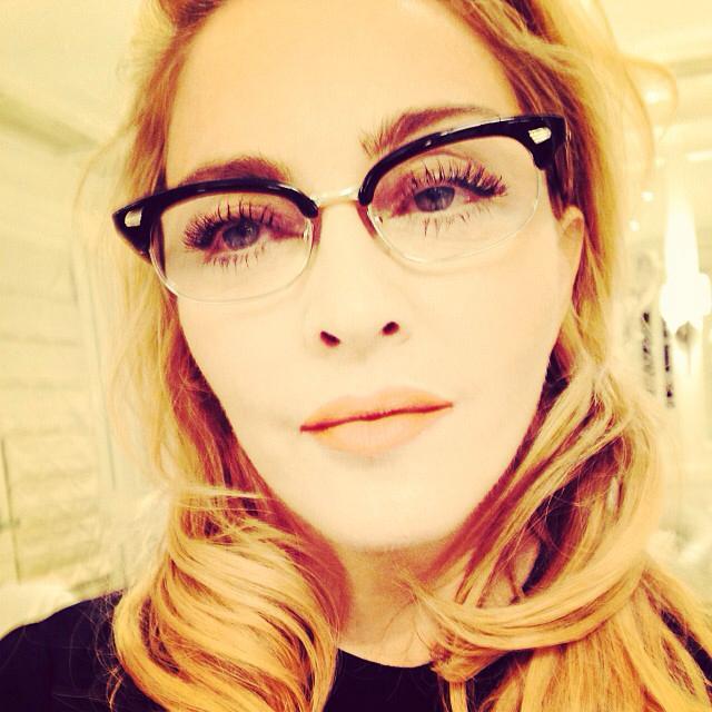 Madonna indossa l'occhiale 0933 Black optical di Cutler and Gross